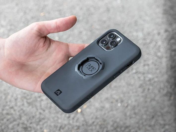 iPhone 12 Pro 用の Quad Lock ケース